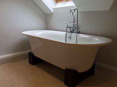 bath]